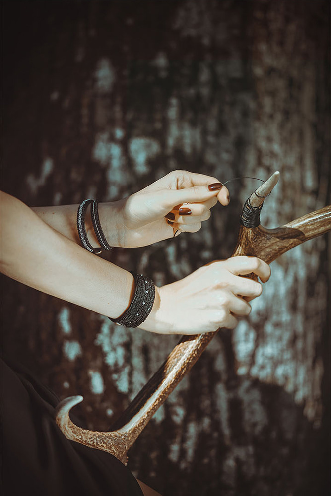 Moondust jewelry inspired by Sami Lappish traditions, crafting with reindeer antlers