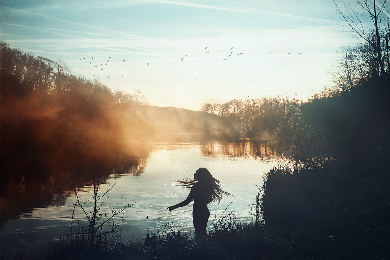 Raphaelle Monvoisin, Auroras Embrace, Autumn Lake