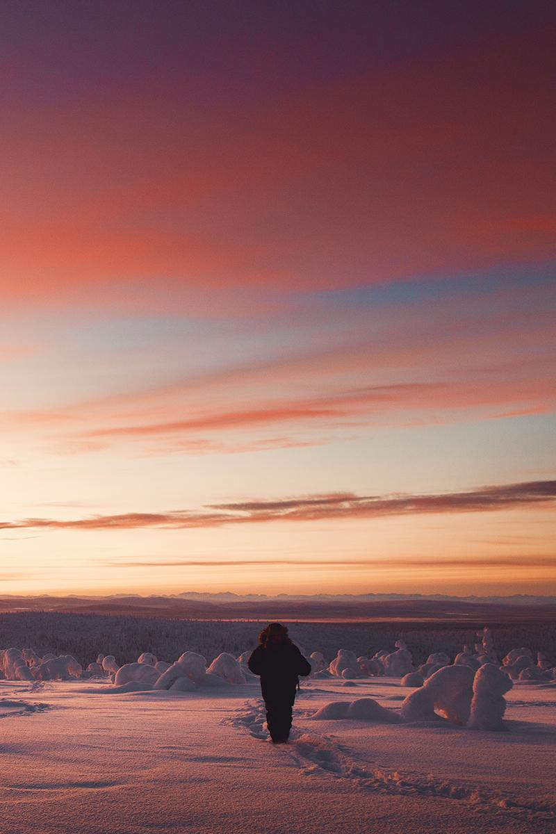 Lapland sunset sky silhouette Raphaelle Monvoisin