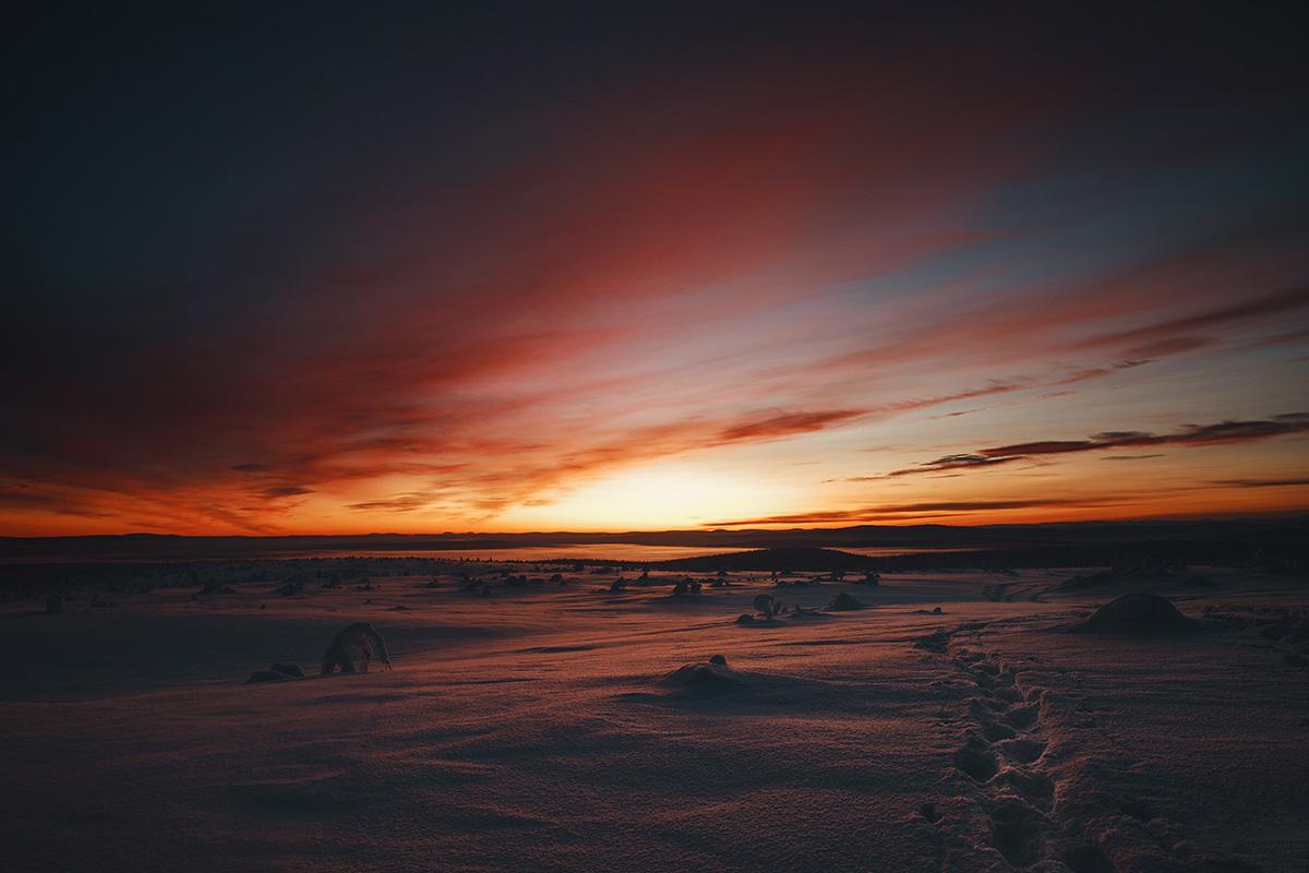 Lapland sunset snow Raphaelle Monvoisin